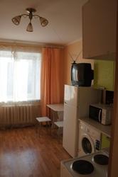 Сдам посуточно гостинку 900 р / сутки ул Тверская 68а,  17 кв м