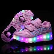 Светящиеся роликовые кроссовки на двух колесах